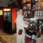 Это официант-бармен, очень хороший парень. Одет в монастырскую одежду.